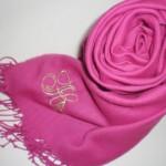 春はピンク系巻き物で♪トレンドカラーとのカラーコーデ術