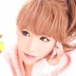 ピンクの似合う姫ギャル系芸能人「桃華絵里(モモエリ)」のMOERY知ってますか?