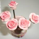 ピンクのバラのフルーツピックを眺めてて発見したどうでもいいコト