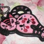 ピンクのキーホルダーに夢中♪ムダにハイブランドの物が欲しい☆