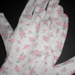 100均花柄ナイトグローブでハンドケア♪ピンク花柄でかわいく美容