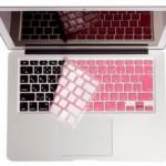 """ピンクのキーボードカバーが欲しすぎる!コレは""""買い""""☆"""